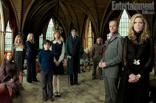 First official Dark Shadows movie cast photo