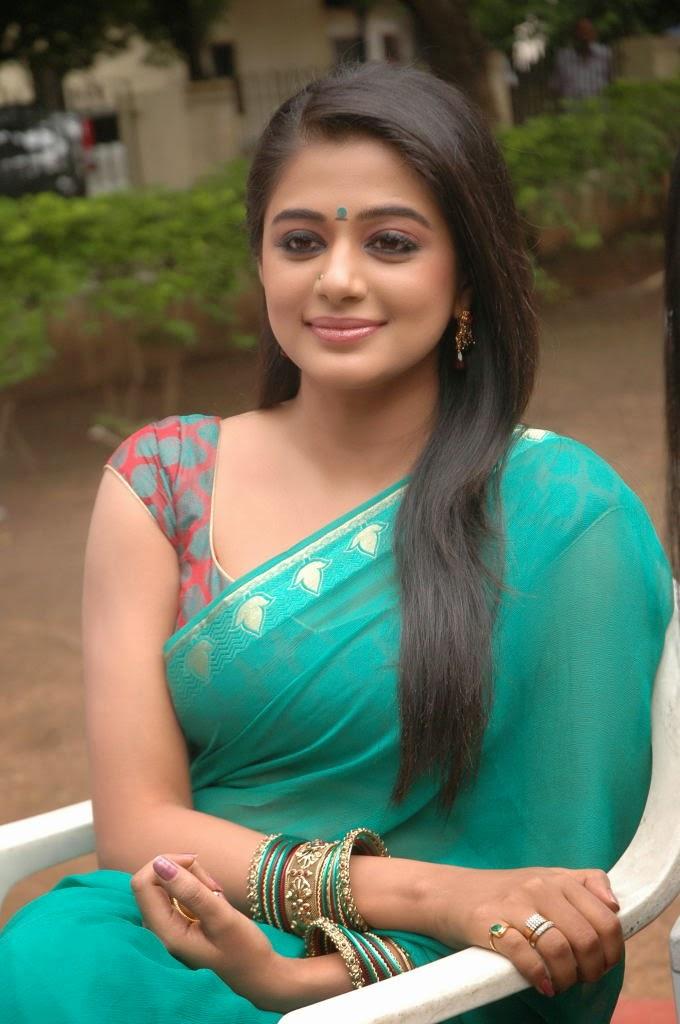 Priyamani in sari