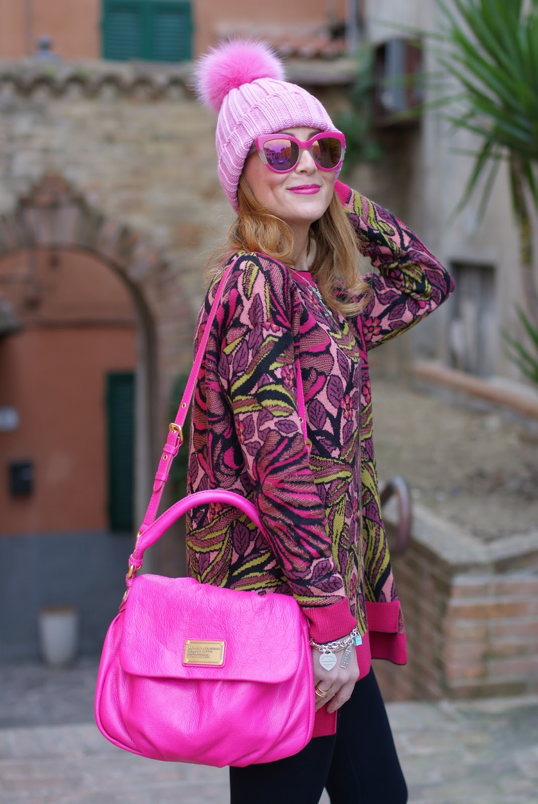 Pink beanie with furry pom-pon and fuchsia bag, Max Mara ascoli sweater on Fashion and Cookies fashion blog, fashion blogger style
