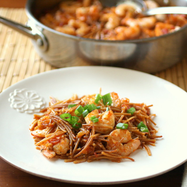 America S Test Kitchen Spanish Style Toasted Pasta With Shrimp