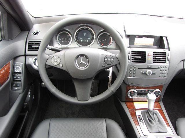 2011 mercedes benz c class c300 news autos review. Black Bedroom Furniture Sets. Home Design Ideas