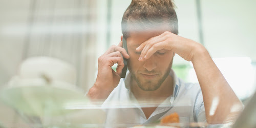 Vì sao bạn thất bại trong lần đầu gọi điện cho cô gái đang tán tỉnh?