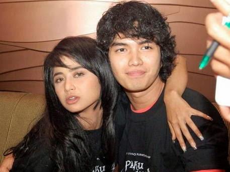 Foto Mesra Aldi Taher Dan Dewi Perssik