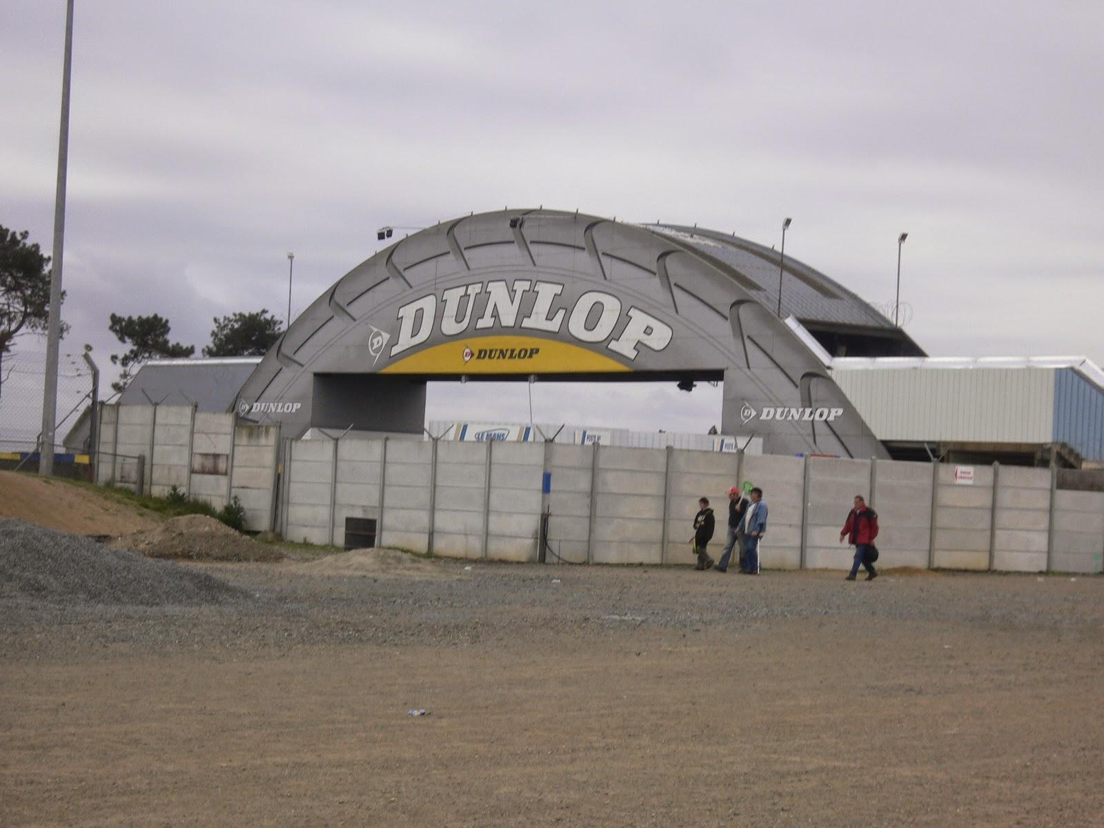 Arco Dunlop Circuito de Le Mans