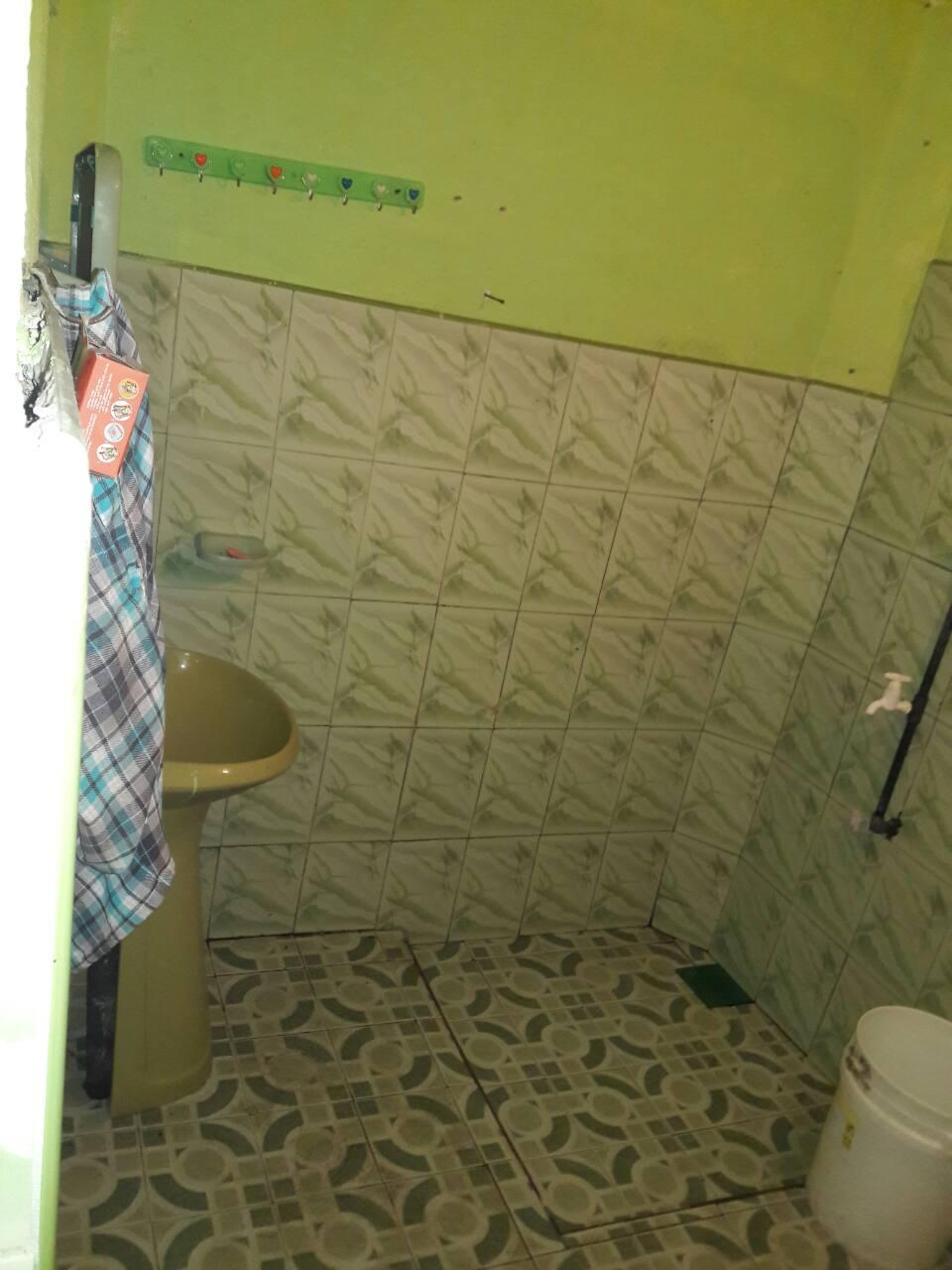 Bathroom - Inside the house - Kandy Land for sale