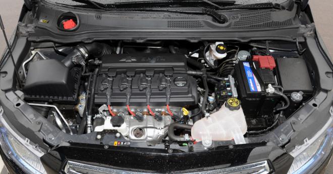 novo Chevrolet Prisma 2014 motor