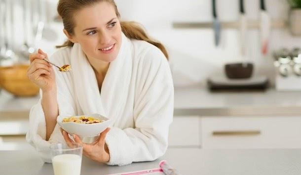 3 formas de perder peso com o café da manhã