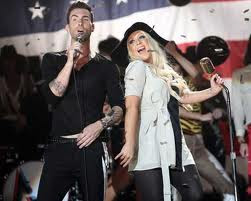 Maroon 5 con Christina Aguilera Moves Like Jagger Letra Traducida
