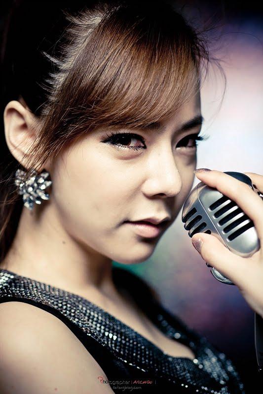 Kim Na Na in Dress