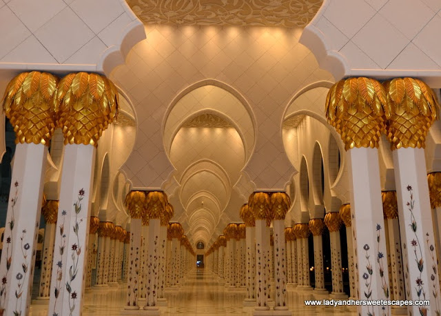 Sheikh Zayed Grand Mosque's marble and gold columns