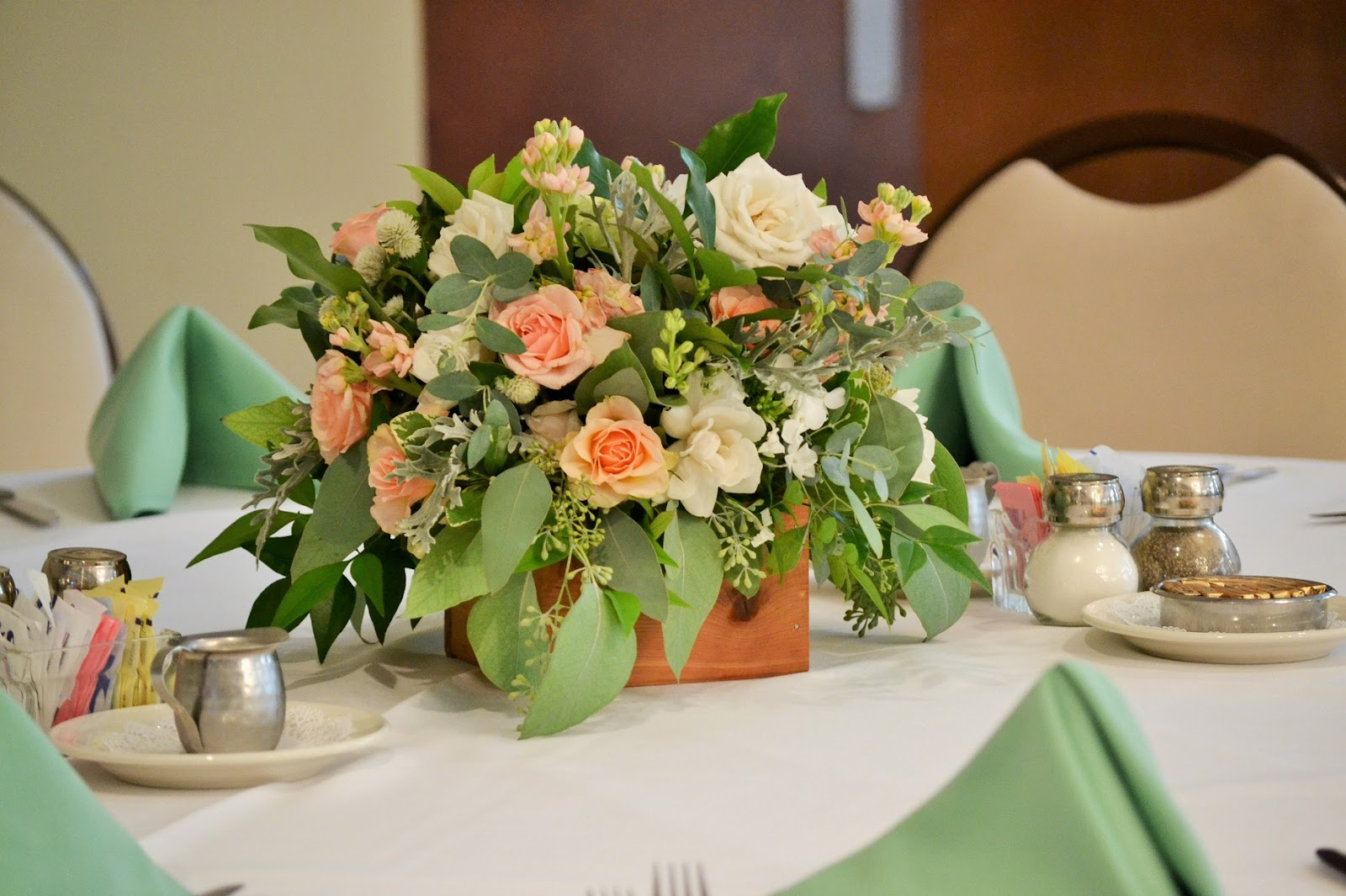 Wedding Flowers from Springwell: Peach Juliet Roses for a GardenStyle