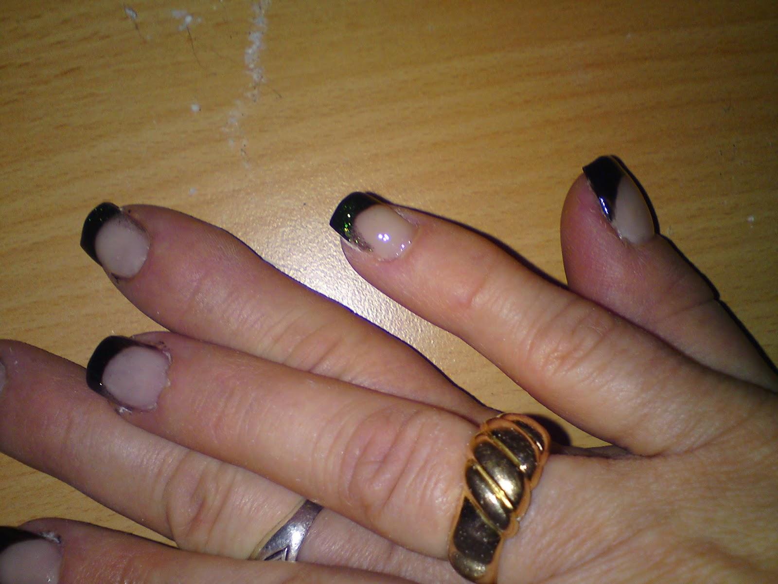 http://lunalithe.blogspot.fr/2012/02/remplissage-noir-et-vert.html