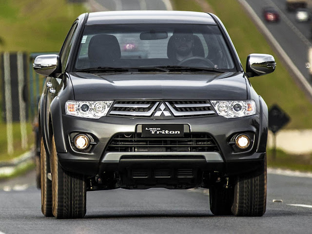 Mitsubishi L200 Triton 2016 Flex Chrome Edition