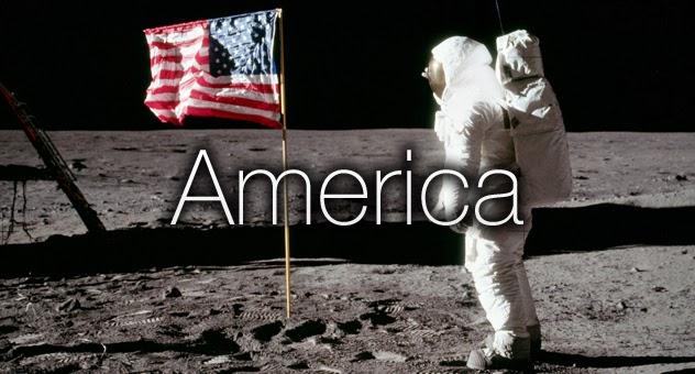 Buzz Aldrin, astronauta estadounidense, saludando a la bandera de los Estados Unidos, durante el alunizaje de 1969. Antiamericanismo | Ximinia