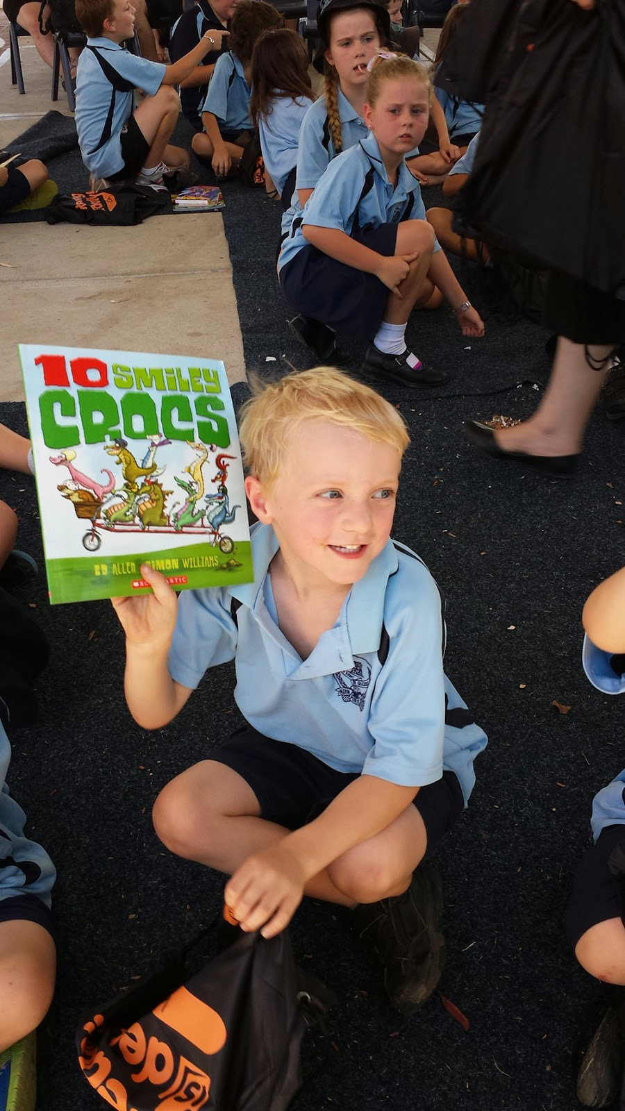 school kid gets free books