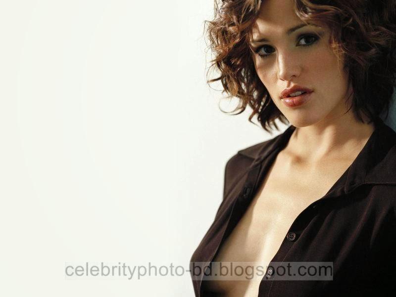 Jennifer+Garner+Latest+Hot+Photos+With+Short+Biography013