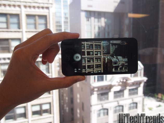 iPhone 5 has a panorama tool