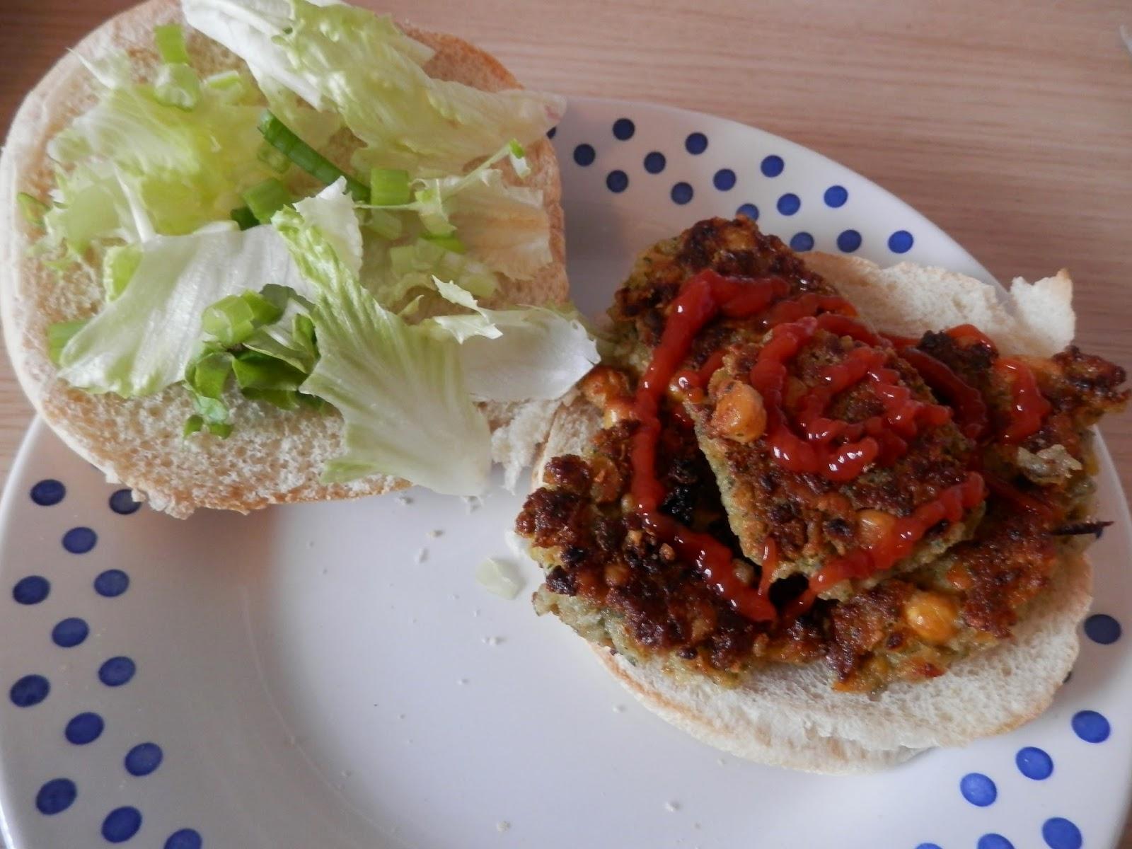 Falafel Sandwich. Vegan meal ideas.  secondhandsusie.blogspot.co.uk