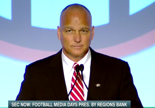 Mark Richt's shaved head makes SEC Media Days debut.
