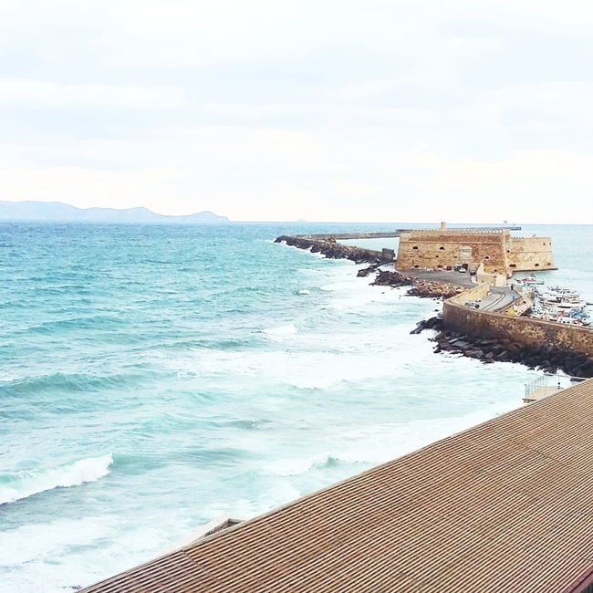 Jelena Zivanovic Instagram @lelazivanovic.Glam fab week.Heraklion,port view.