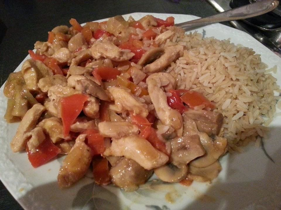 Lecker und kalorienarm kochen paprika rahm geschnetzeltes for Kochen kalorienarm