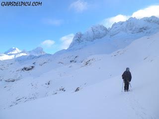 Corredor del Marques, Fernando Calvo, guia de montaña, Guiasdelpicu.com