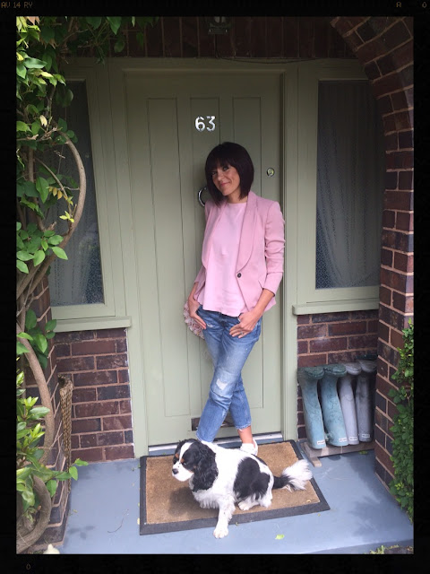 My Midlife Fashion, Pastels, Blazer, Boyfriend Jeans, Distressed denim, trainers, mango, zara