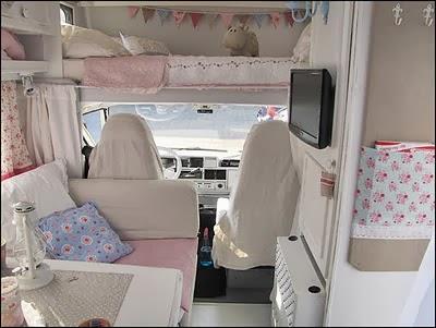 Mi rinc n de sue os autocaravana decorada al estilo romantico - Decoracion interior caravanas ...