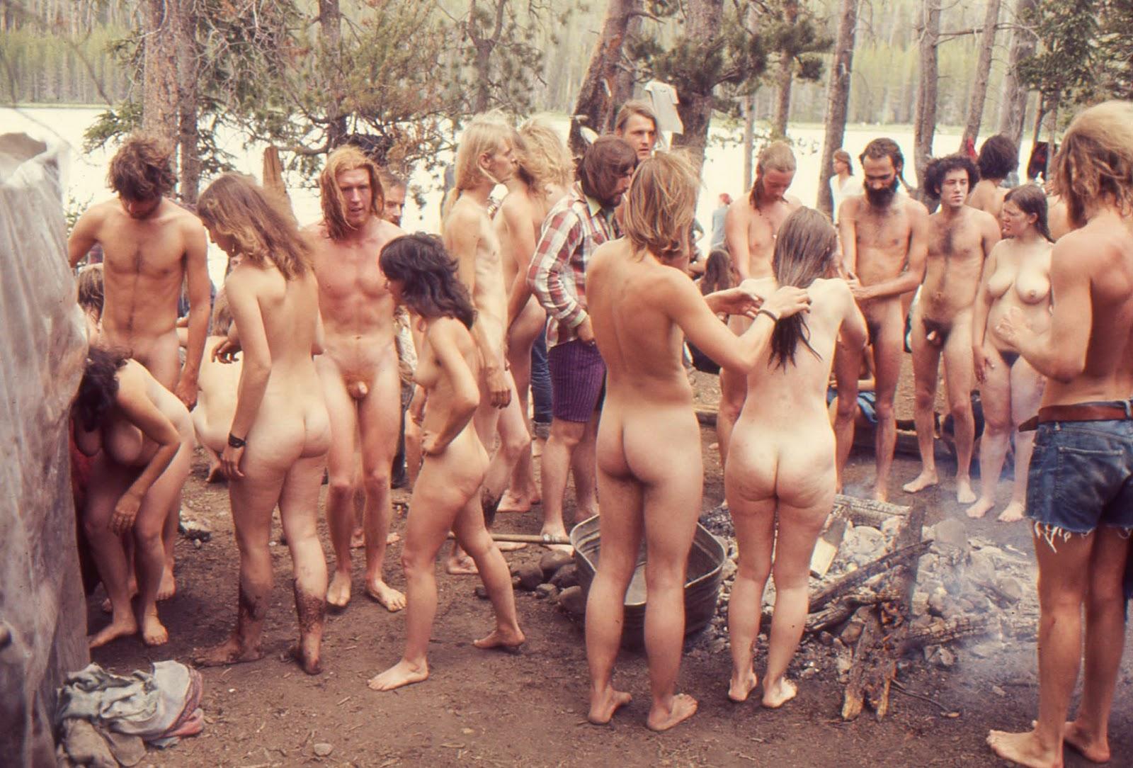 Look Amateur nudist group commit