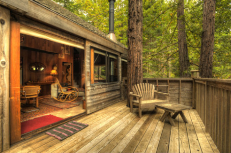 Open air cabin content in a cottage for Wide open country cabins