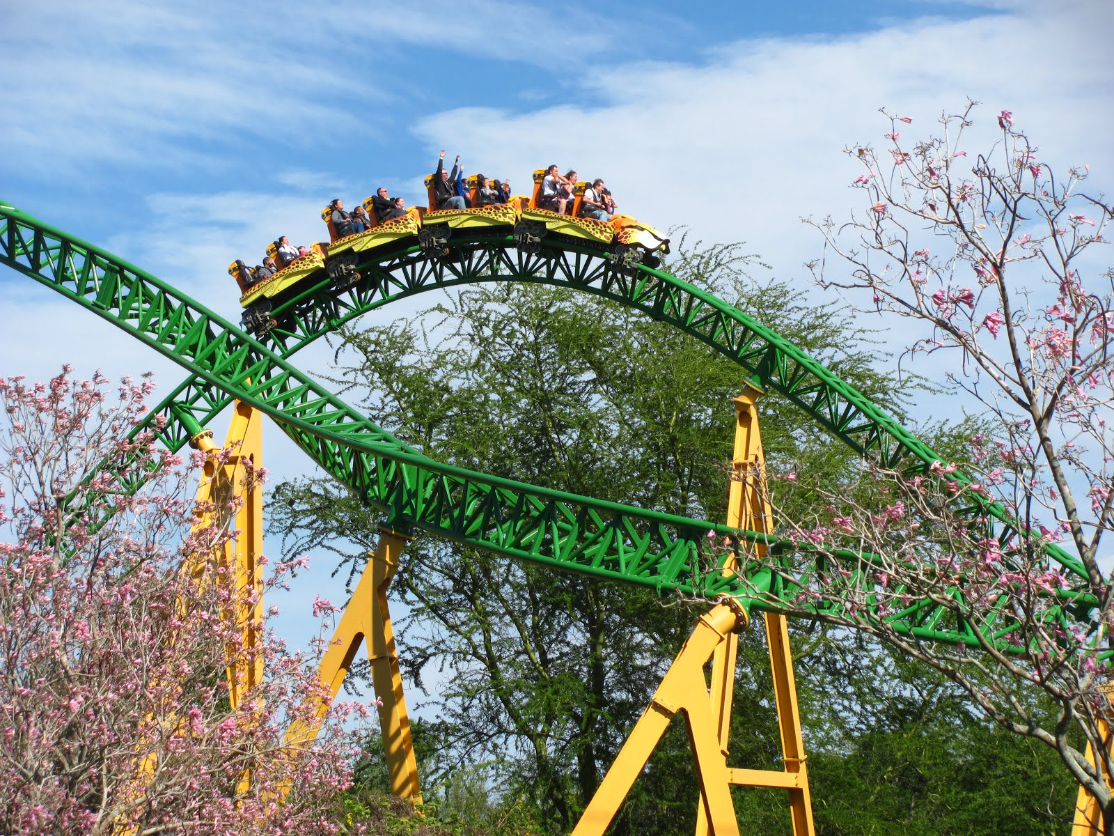 The River Section Is Exciting And The Return Trip Fits Right Into The Fun  Nature Of The Ride As Well. Nowhere Are Forces Crazy On The Ride, But  Fun Wise It ...