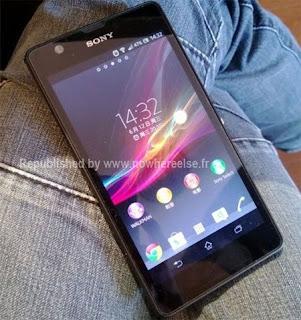 Xperia Z Ultra bate récord de Benchmark La semana pasada Sony confirmó que el próximo 4 de julio presentará el Xperia Z Ultra, una de sus grandes apuestas para este 2013. Ya conocíamos sus especificaciones y ahora se ha filtrado una imagen del benchmark AnTuTu que muestra un rendimiento sencillamente espectacular. La semana pasada se había filtrado la imagen de un Galaxy S4 con chip Snapdragon 800, el cual hoy se confirmó que es el Galaxy S4 LTE-Advanced, que batía los records de este benchmark. Sin embargo, hoy se ha dado a conocer una nueva imagen en la que el