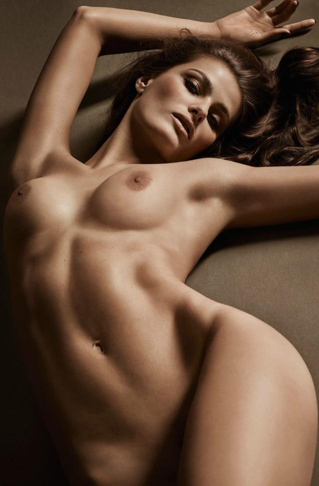 Isabeli Fontana desnuda