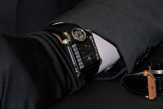 wristshot Christophe Claret