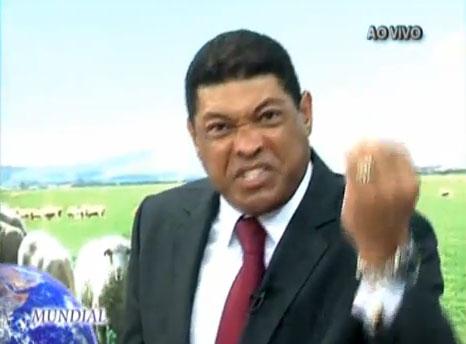 "Valdemiro Santiago solta o verbo: ""A Record foi comprada para pregar o evangelho"""