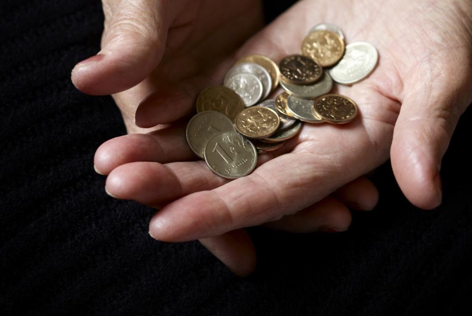 La pobreza aumenta en España y las diferencias entre comunidades se duplican