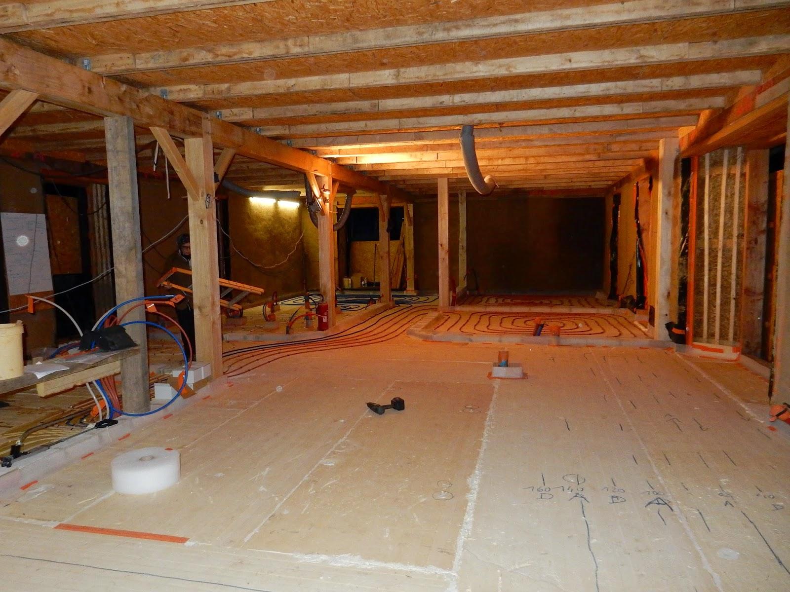 ty plouz l 39 histoire de l 39 autoconstruction de notre maison en paille porteuse ou structurelle. Black Bedroom Furniture Sets. Home Design Ideas