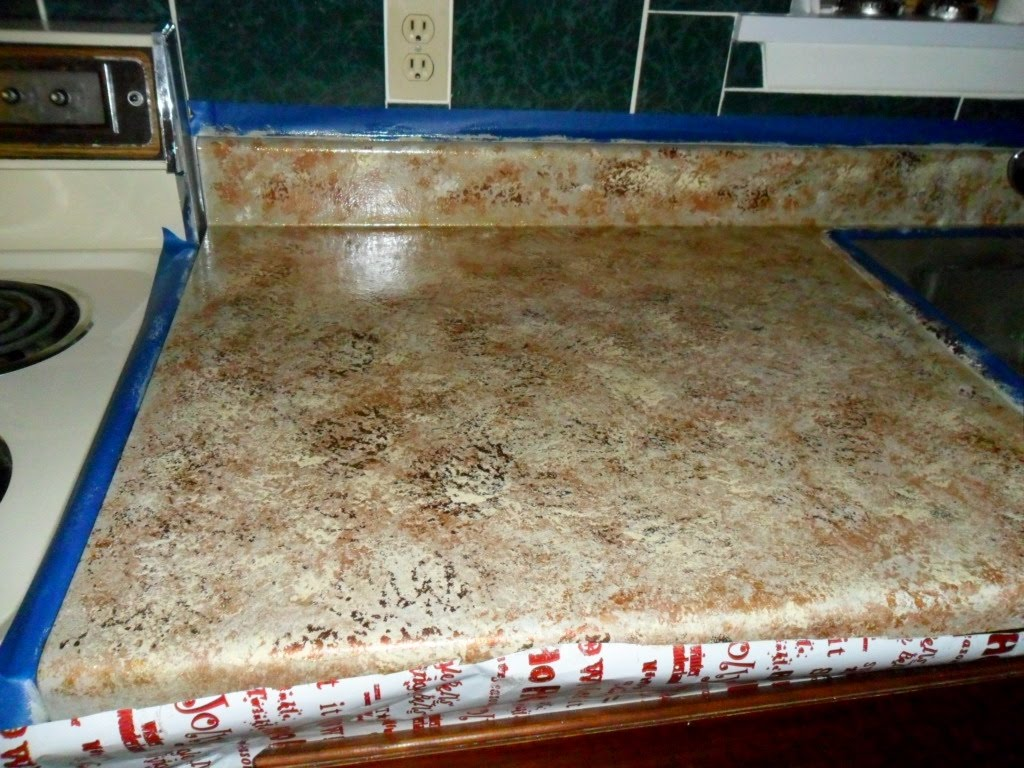 quiltanddagger: Faux granite - Painting formica countertops