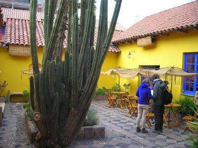 Patio de la Casa del Corregidor, Puno, Perú, La vuelta al mundo de Asun y Ricardo, round the world, mundoporlibre.com