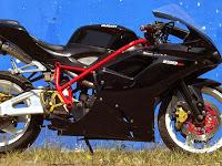 Honda Tiger Ganti Baju Ala Ducati 1198 SP By ACM