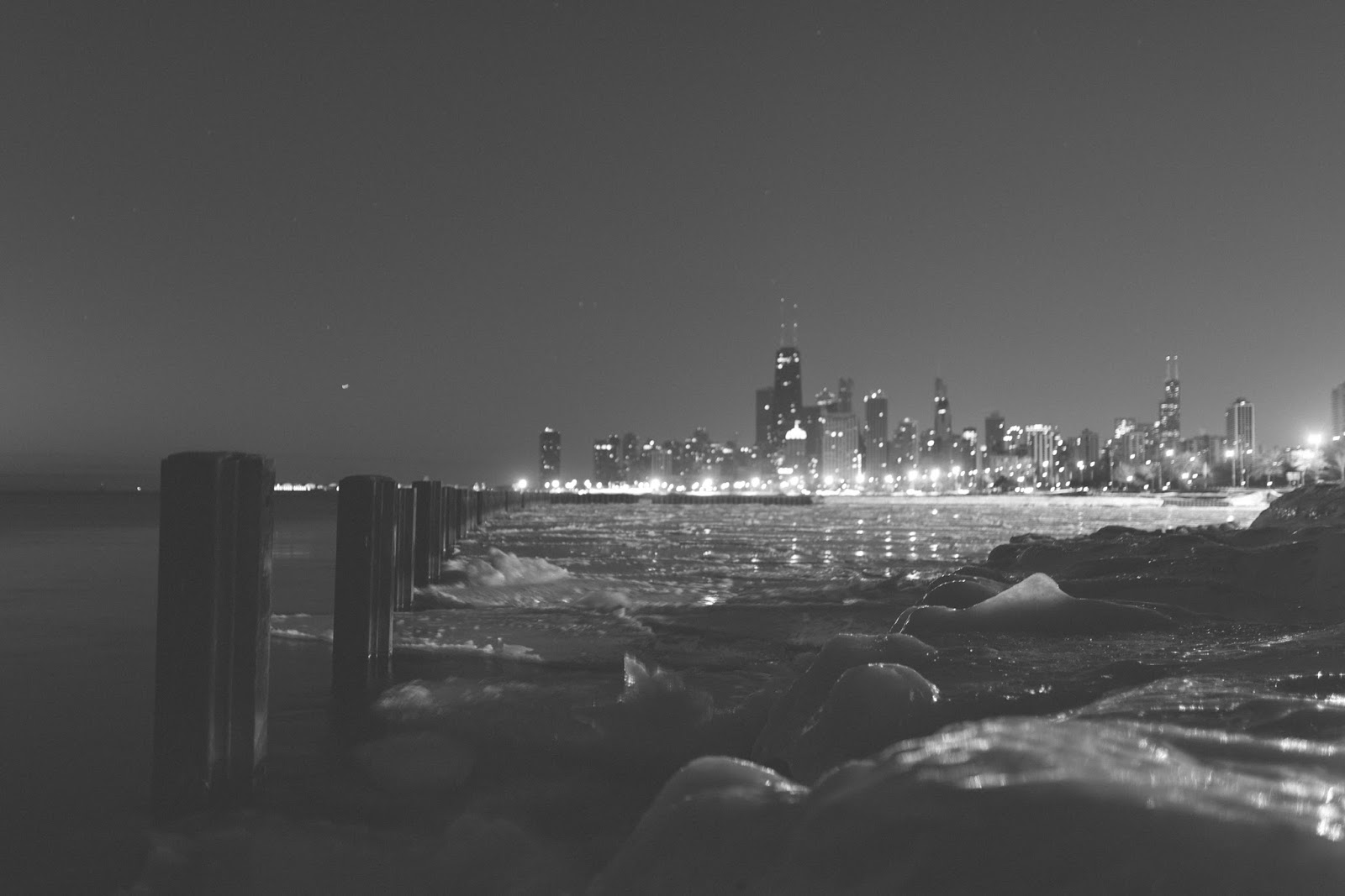 B&W Chicago Skyline
