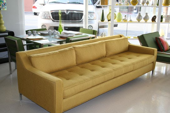 David Dangerous ϻ�lautner Sofa With Gold Tweed