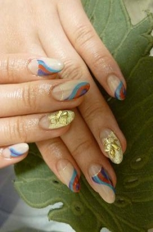 Pretty-Fall-2012-Nail-Art-Designs-7