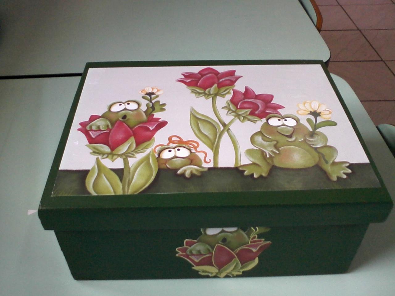 artesanato da moony: caixa de madeira com divisória #80584B 1280x960