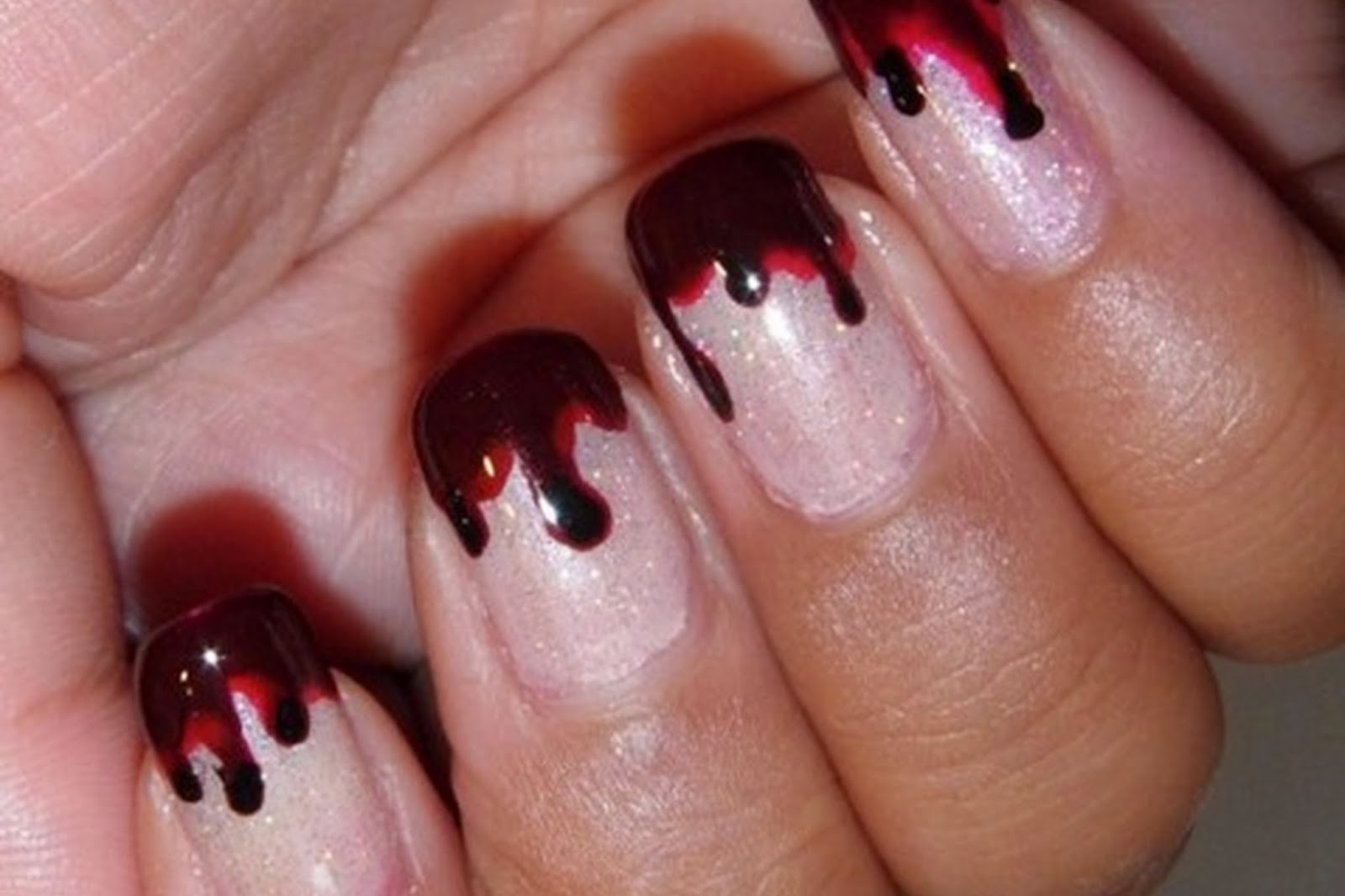Fingernail Designs Halloween Nail Art