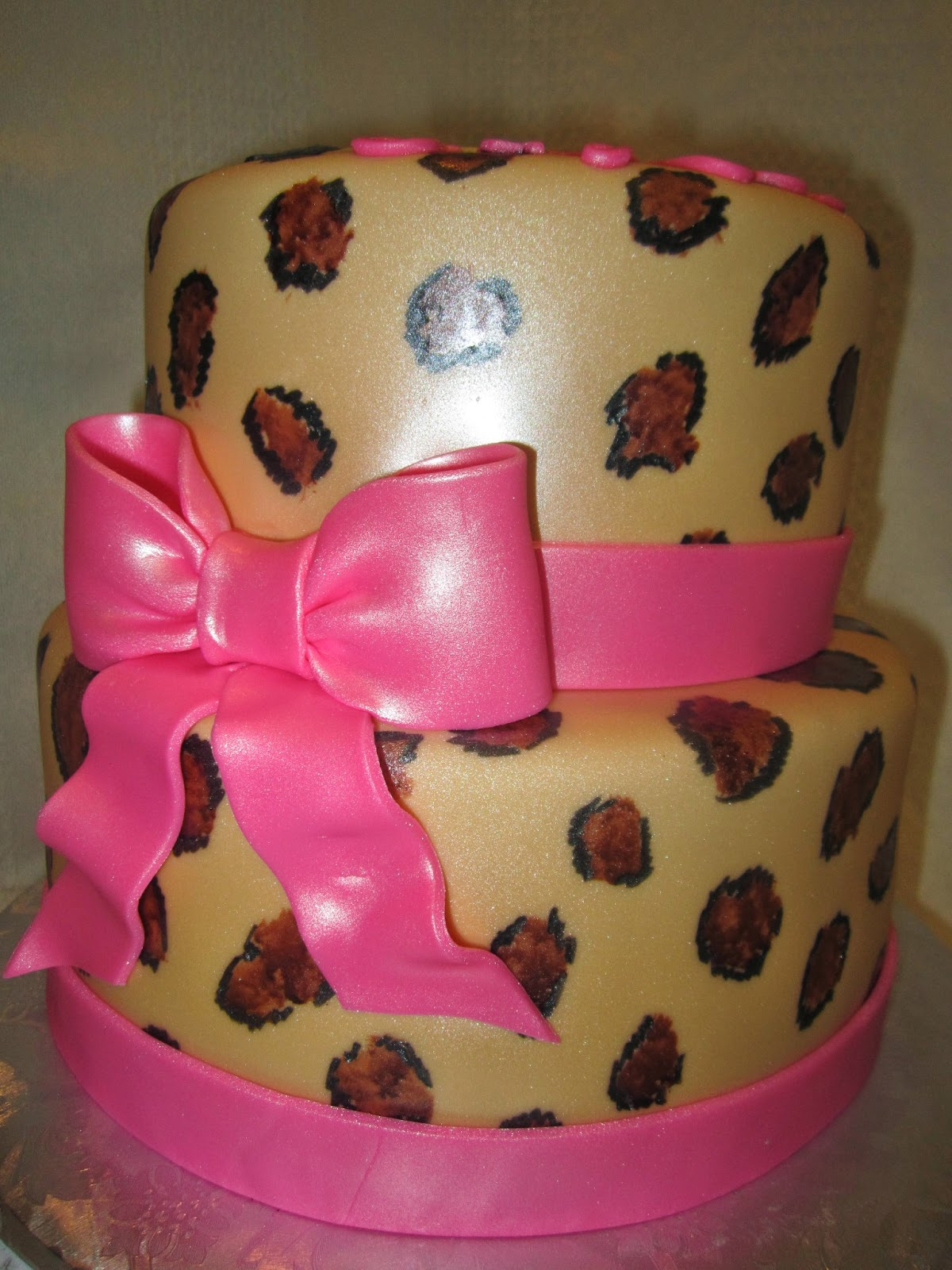 Mymonicakes Hello Kitty Cakes With Leopard Print And More