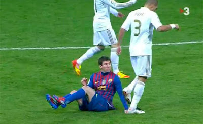 El Barcelona graba las polémicas jugadas de Pepe