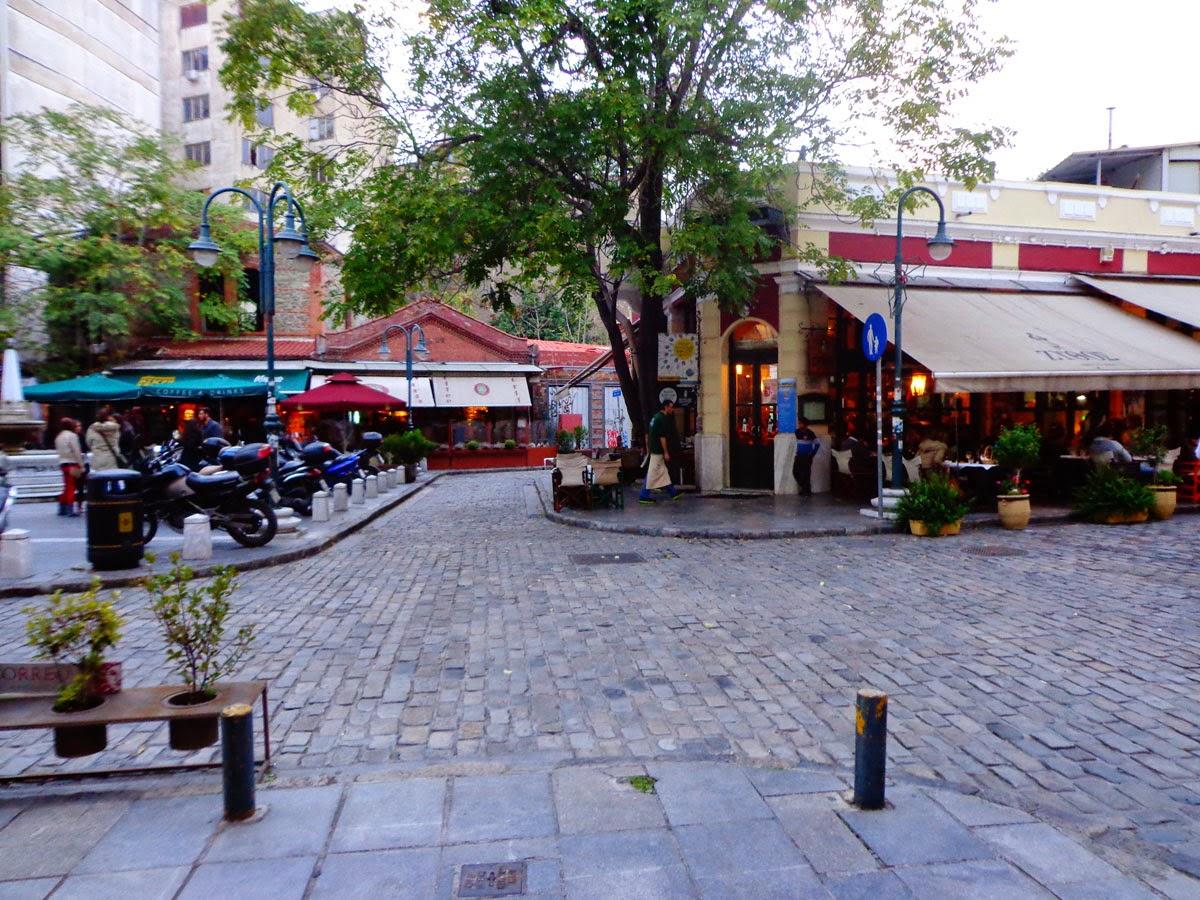 Saloniki-Restaurant-Street