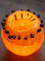 http://manualidadesparaninos.biz/velas-aromaticas-con-naranjas/