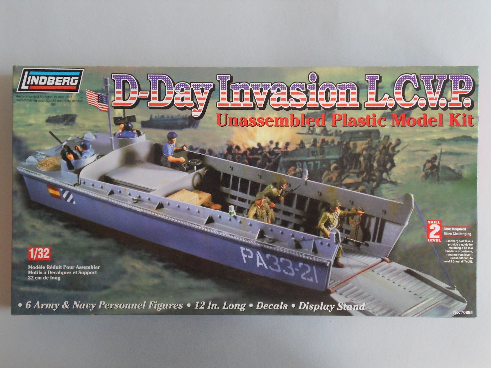 Amphibious Warfare: What's in the box? LCVP, Lindberg, 1/32
